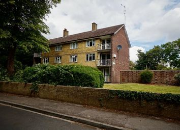 Tower House, Swift Road, Woolston, Southampton SO19. 2 bed flat