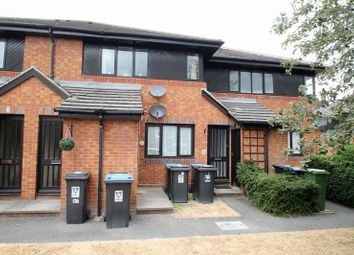 2 bed flat to rent in Carman Court, Tring HP23