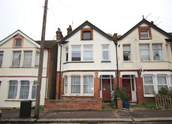 Thumbnail 1 bed flat for sale in Brightwell Avenue, Westcliff-On-Sea, Essex