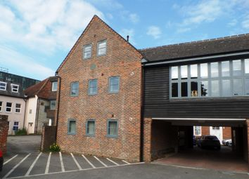 Thumbnail 2 bedroom flat to rent in Regnum Place, South Street, Chichester