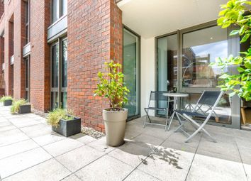 Thumbnail 2 bed flat to rent in Chamberlain Court, Silwood Street, South Bermondsey