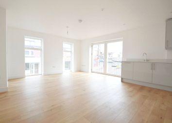 Selsdon Road, South Croydon CR2. 2 bed flat for sale