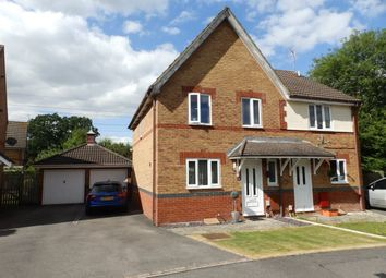 Thumbnail 3 bed property to rent in Holliday Close, Swindon
