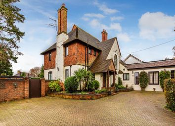 Thumbnail 4 bed detached house to rent in Wych Hill Lane, Hook Heath, Woking