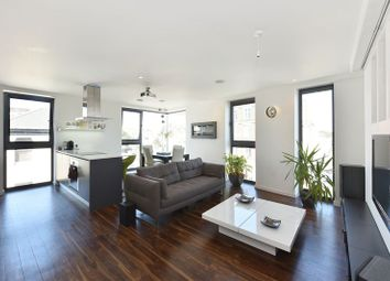 Thumbnail 2 bed flat for sale in Lavender House, Limehouse