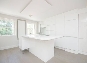Thumbnail 3 bed flat to rent in Warwick Road, Earls Court