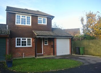 Thumbnail 3 bed detached house to rent in Woodside Gardens, Chineham, Basingstoke