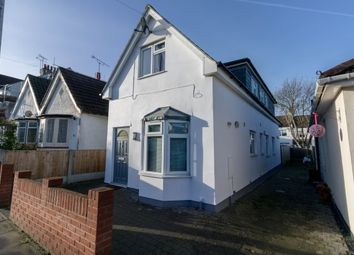 Thumbnail 3 bedroom property to rent in Lansdowne Avenue, Leigh-On-Sea