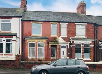 Thumbnail 3 bedroom property to rent in Redbrink Crescent, Barry