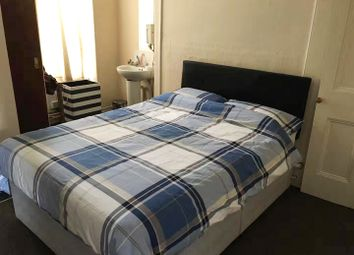 Thumbnail 1 bed flat to rent in 10 Brynmill Cresent, Brynmill