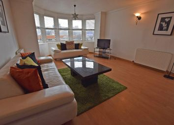 2 bed flat to rent in Cuparstone Place, City Centre, Aberdeen AB10
