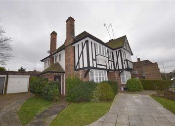 Thumbnail 1 bed flat to rent in Ossulton Way, Hampstead Garden Suburb, London