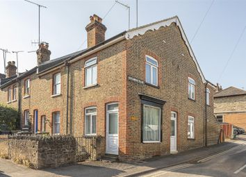 2 bed property for sale in Cline Road, Guildford GU1
