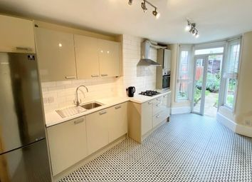 4 bed property to rent in Cann Hall Road, London E11