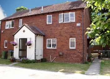 Thumbnail 1 bed maisonette to rent in Kings Chase, East Molesey