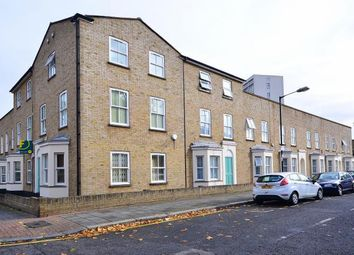 1 bed flat to rent in Fairfoot Road, Bow E3