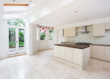 5 bed terraced house to rent in Beauval Road, Dulwich, London SE22