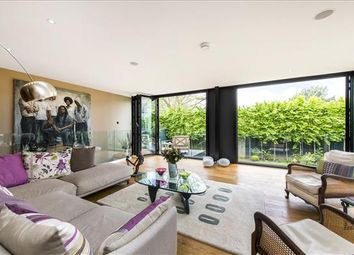 Thumbnail 5 bedroom detached house for sale in Fitzroy Park, London
