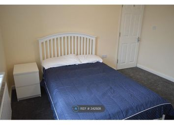 Thumbnail Room to rent in Melville Road, Rainham