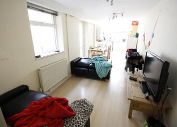 Thumbnail 2 bedroom flat to rent in Bedford Street, Cathays, Cardiff