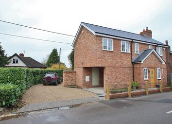 Thumbnail 2 bed detached house to rent in The Green, Beenham, Reading
