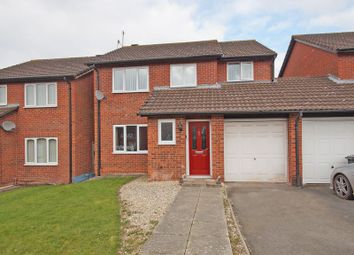Thumbnail 5 bed detached house for sale in Barns Croft Way, Droitwich