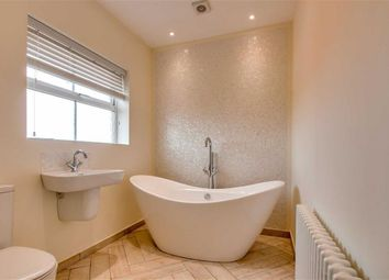 Thumbnail 5 bed town house to rent in Allington Circle, Kingsmead, Milton Keynes