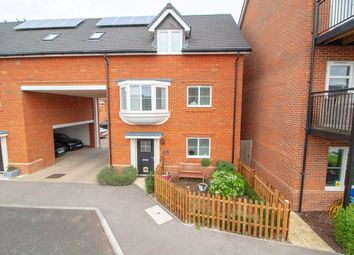 2 bed property for sale in Jubilee Drive, Church Crookham, Fleet GU52
