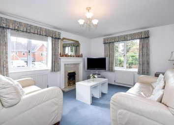 Thumbnail 2 bed flat to rent in Waterloo Close, Cholsey
