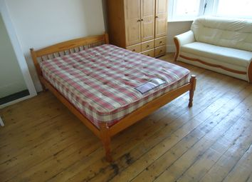 Thumbnail Room to rent in Carholme, Catford