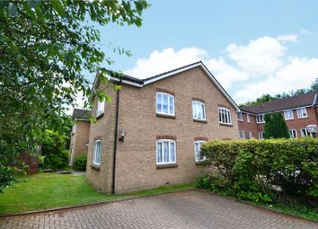 Thumbnail 2 bed flat to rent in Horndean Road, Bracknell, Berkshire