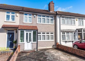 Northwood Avenue, Hornchurch RM12. 3 bed terraced house