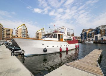 Thumbnail 4 bed property for sale in Limehouse Basin, London