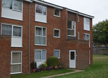 Thumbnail 2 bed flat to rent in Roydon Court, Hemel Hempstead
