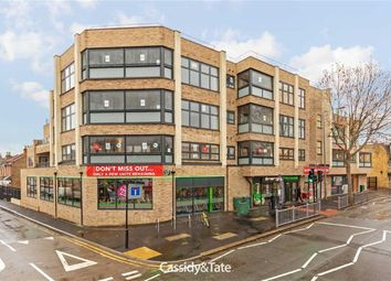 Thumbnail 2 bed flat to rent in Chingford Mount Road, Chingford, London