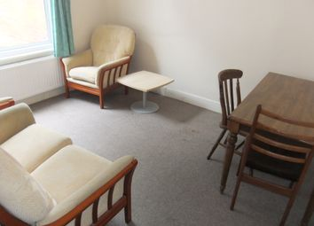 Thumbnail 4 bedroom terraced house to rent in Wykeham Road, Reading