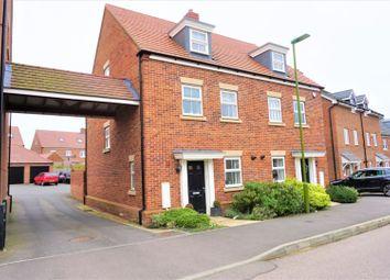 Thumbnail 3 bed semi-detached house to rent in Shearwater Road, Hemel Hempstead