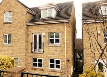 Thumbnail 3 bed town house for sale in Chapel Croft, Hemingfield, Barnsley