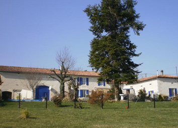 Thumbnail 5 bed country house for sale in Montmoreau-Saint-Cybard, Angoulême, Charente, Poitou-Charentes, France