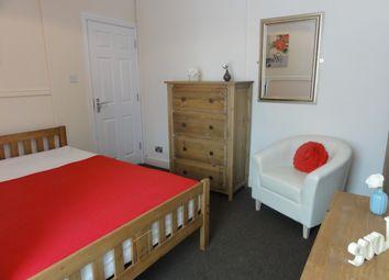 Thumbnail Room to rent in Rosliston Road, Burton On Trent