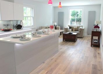 3 bed maisonette for sale in Colney Hatch Lane, London N10