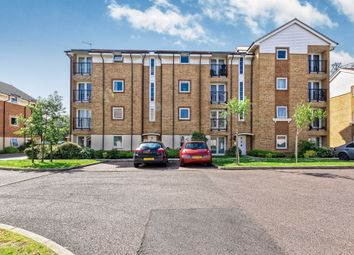Thumbnail 2 bed flat for sale in Chequers Field, Welwyn Garden City