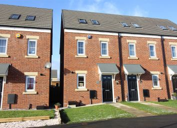 Thumbnail 3 bed town house for sale in Woodlands Way, Whinmoor, Leeds