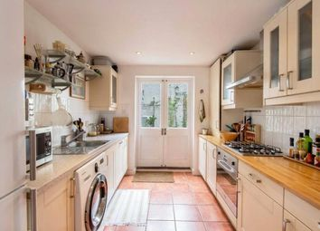 Thumbnail Flat to rent in Blundell Street, London