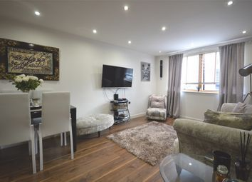 Thumbnail 1 bed flat to rent in Gifford Road, London