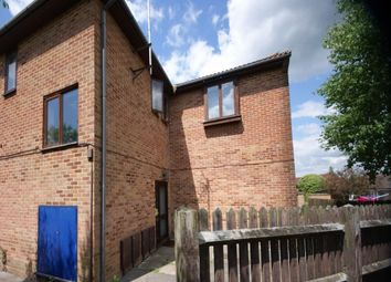 Thumbnail 1 bed flat to rent in 42 Knowsley Road, Tilehurst, Reading, Berkshire