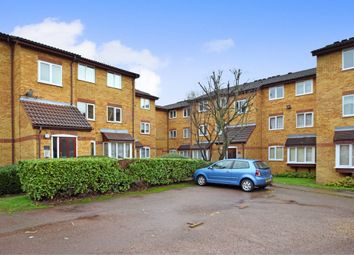 Thumbnail 2 bedroom flat for sale in Greenway Close, Friern Barnet