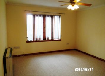 2 bed flat to rent in Arbroath Road, Stobswell, Dundee DD4