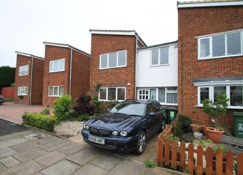 Thumbnail 4 bed property to rent in Ditchling Close, Luton