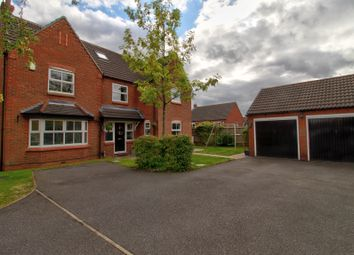Thumbnail 6 bed terraced house for sale in Maple Drive, Harlow Wood, Mansfield